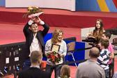 Ehrenrunde von Claudia Malzahn und Ole Bischof.