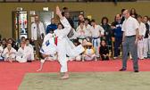 Kim Chi Wiesbaden (rot) gewinnt die Vorrundenkämfe souverän.