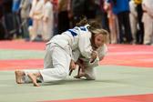 Lea Daniel gewinnt ebenfalls ihre beiden Kämpfe und holt sich die Goldmedaille.