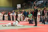 Lea Daniel gewinnt ebenfalls ihre beiden Kämpfe und holt sich die Goldmedaille. Ippon für den sicher gehaltenen Kesa-gatame.