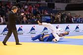 Vorrundenkampf -81 kg: Alexander Wieczerzak (GER) - Jose Arroyo (PER): Alexander geht mit einem Waza-ari in Führung.