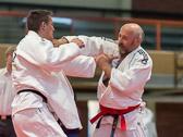 4. Kampf  (Stand 3-0) Peter Blatt -100 kg: Peter gewinnt am Ende den Kampf. Peter hatte eine Bestrafung weniger auf seinem Konto.