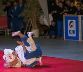 11. Kampf Stand: 4-6  Laszlo Zsoke - Frank Conrad -81 kg: Laszlo bekommt einen Yuko für den Wurf. Nach voller Kampfzeit verliert Frank mit 3 Yuko gegen sich.