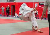 4. Kampf  (Stand 2-1) Nick Mattern -81 kg: Der Gegner übernimmt den Schwung und ...